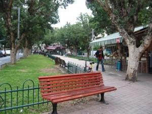 ספסל ברחוב